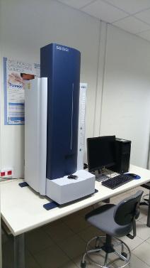 Espectrómetro de masas con fuente MALDI y analizador de tubo de vuelo (TOF) con reflector. Modelo Microflex LRF, BRUKER